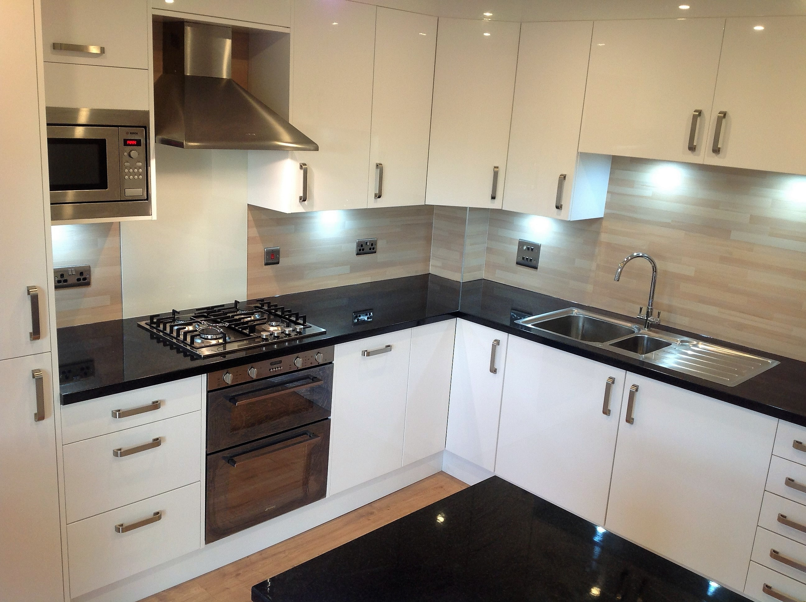 Pictures showcasing our kitchen installations for Kitchen units and worktops